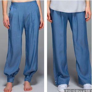 Lululemon Eazy Breezy Pant Blue Denim Tencel Silk